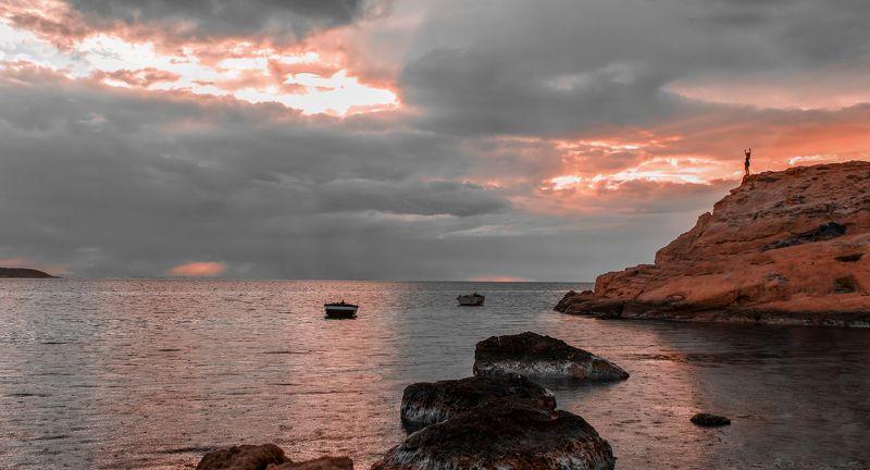 А на небе, всегда о море говорятphoto preview