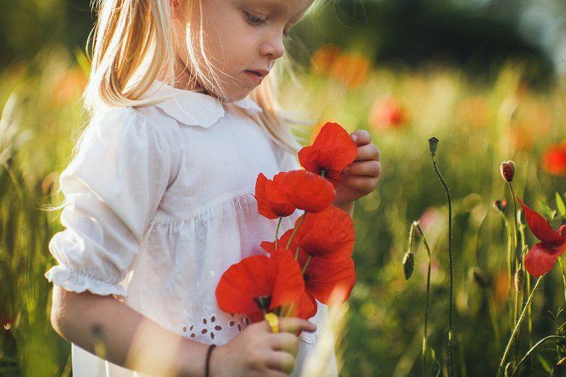дети детскаяфотография  Про аленький цветочекphoto preview