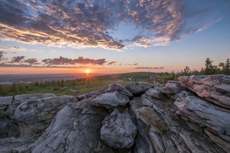 закат, лето, Урал, Губаха, скалы, вечер, камни, фестиваль Закат на вершинеphoto preview