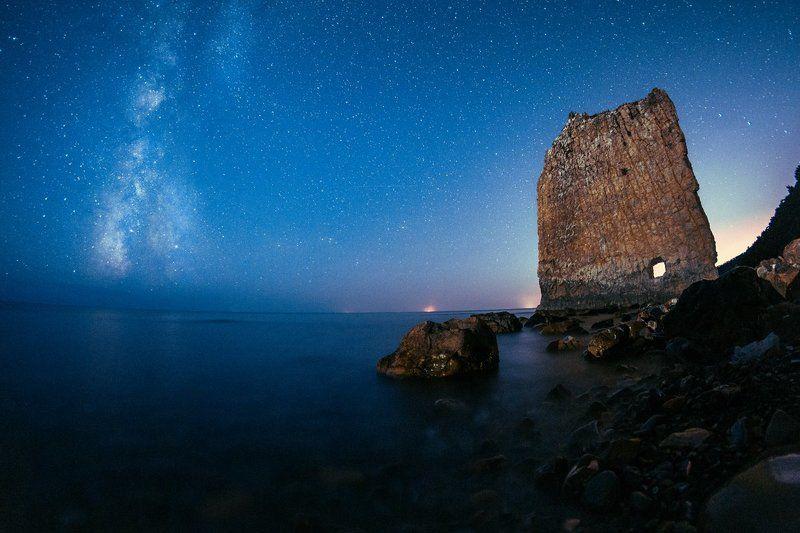 ночь, млечный путь, море Скала Парусphoto preview