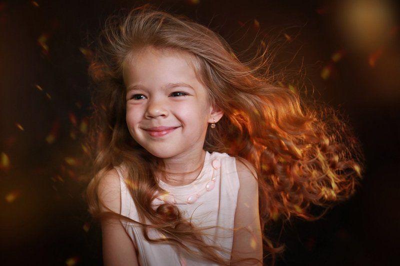дети портрет девочка веторок эмоция Ветерокphoto preview