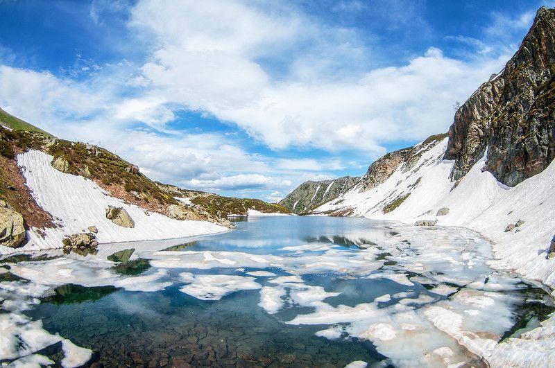 горное озеро, дукка, архыз, гудовцов, кчр Горное озеро в ущелье Дуккаphoto preview