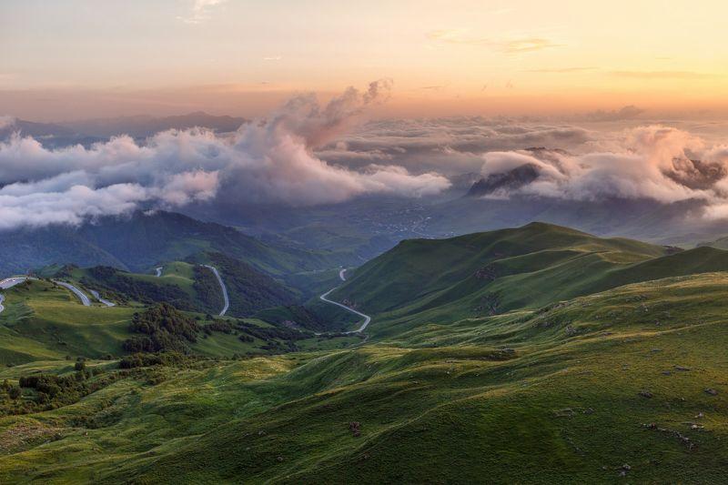 карачаево-черкесия ,кчр ,горы,теберда,перевал  гум-баши Выше Облаков ...photo preview