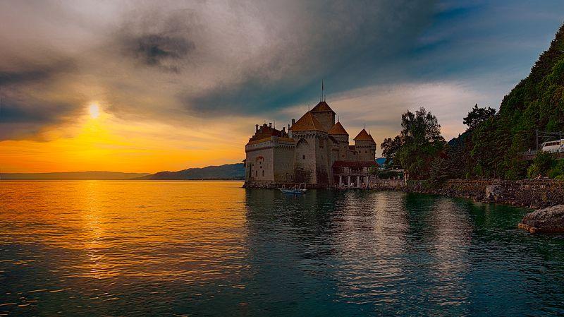 шильонский замок, château de chillon, the chillon castle, montreux, switzerland, швейцария, монтрё Шильонский замокphoto preview
