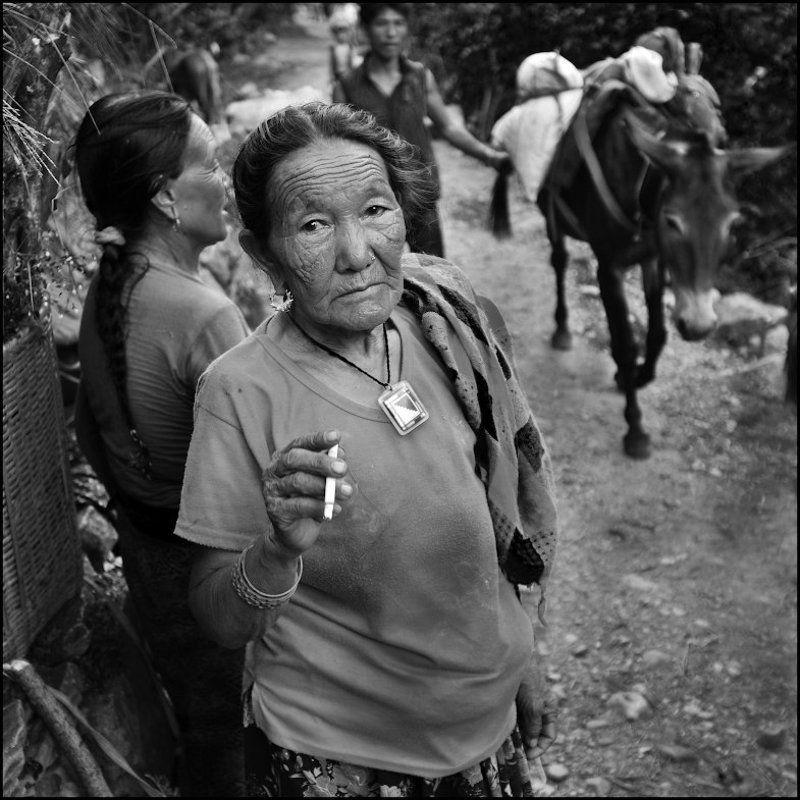 непал Курение вредит Вашему здоровьюphoto preview