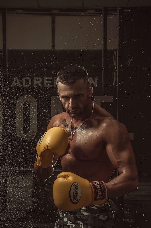 атлет, фигура, мышцы, красивое тело, мужская съемка Атлетphoto preview