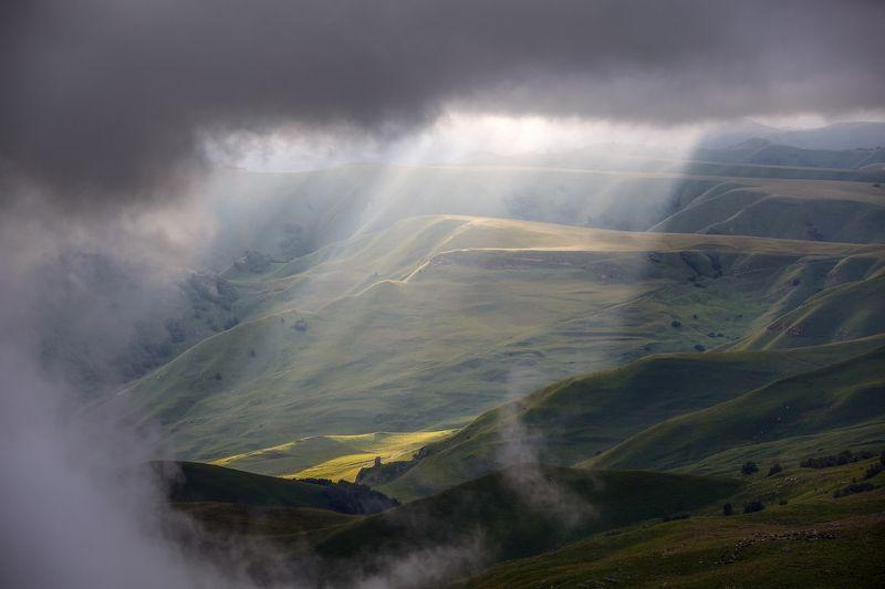 карачаево-черкесия ,кчр ,горы,    перевал  гум-баши Перевал Гум-баши...photo preview