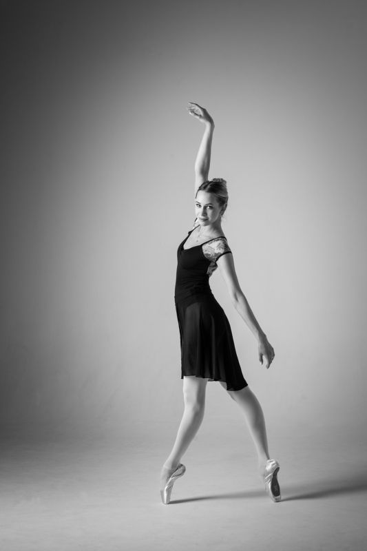 балет театр черно-белое Ольгаphoto preview
