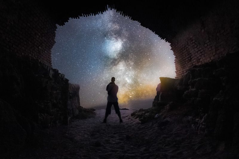 Ruins and beauty into the nightphoto preview