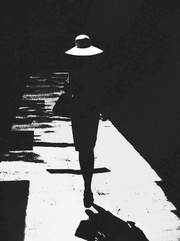 девушка, шляпа, тень ...photo preview