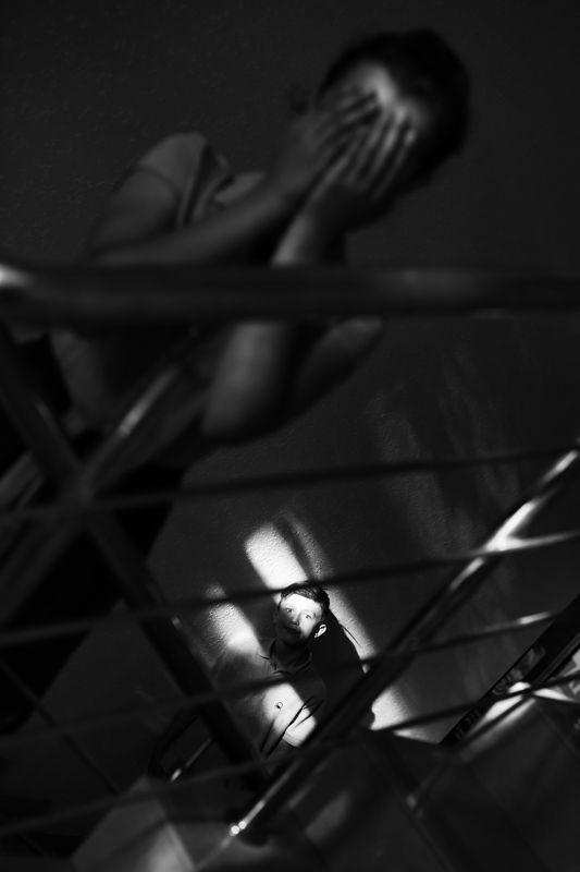 подросток, черно-белая Мир подросткаphoto preview