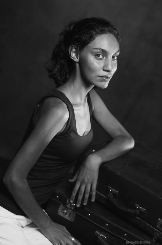 marashlyan portrait woman Portrait womanphoto preview