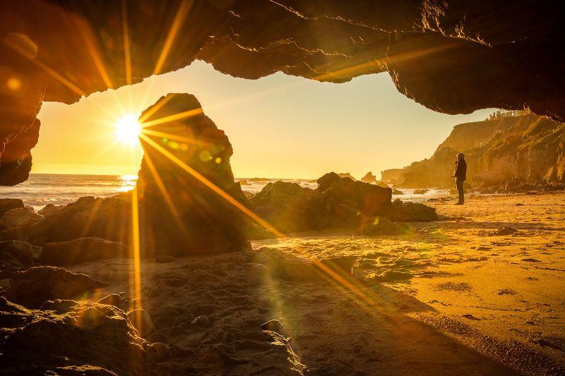 океан, скалы, закат, небо, красота, одинокий, песок Звуки океанаphoto preview