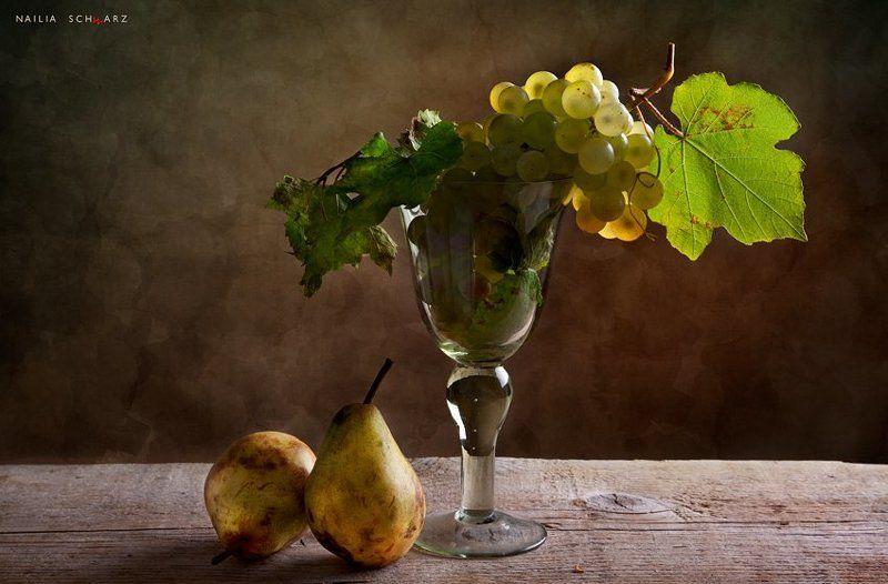 натюрморт, , осень, виноград, груши осеннееphoto preview