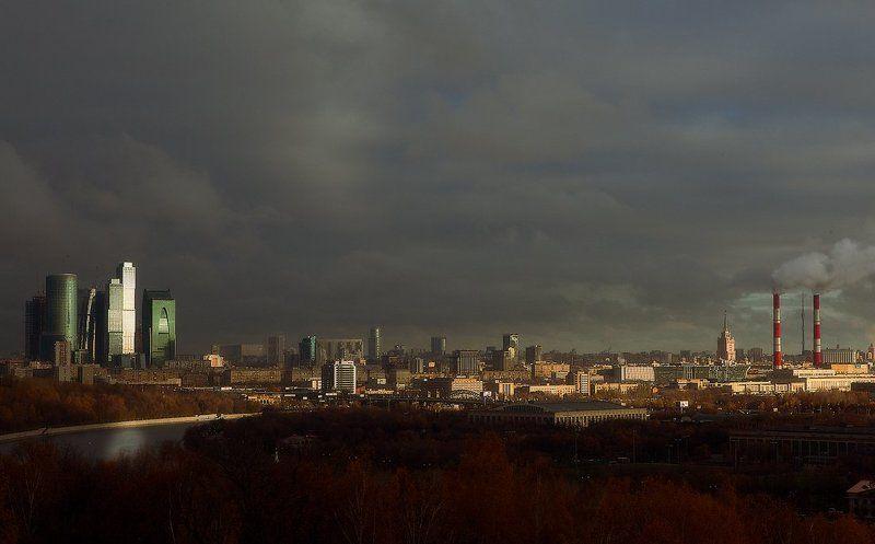 воробьевы горы, москва луч света, который будит Москву...photo preview