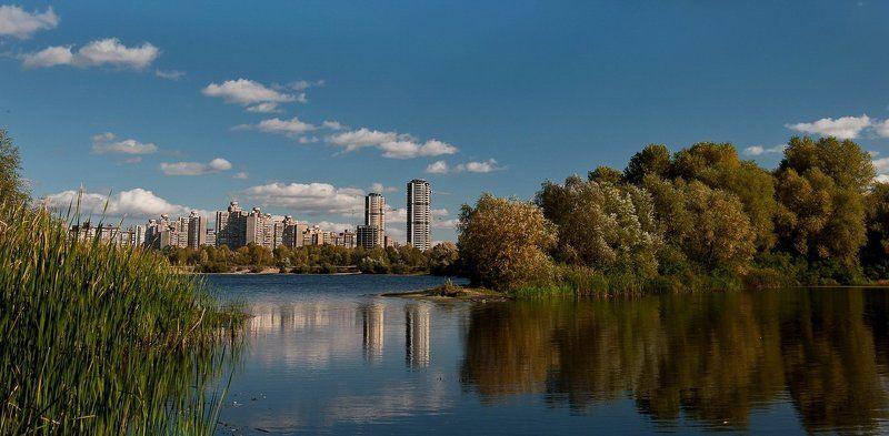 город, река, облака, осень, киев Отражения большого городаphoto preview