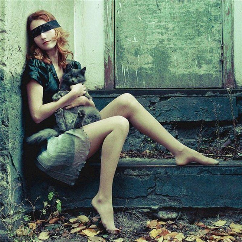 девушка, портрет, кот, улица, осень ...photo preview