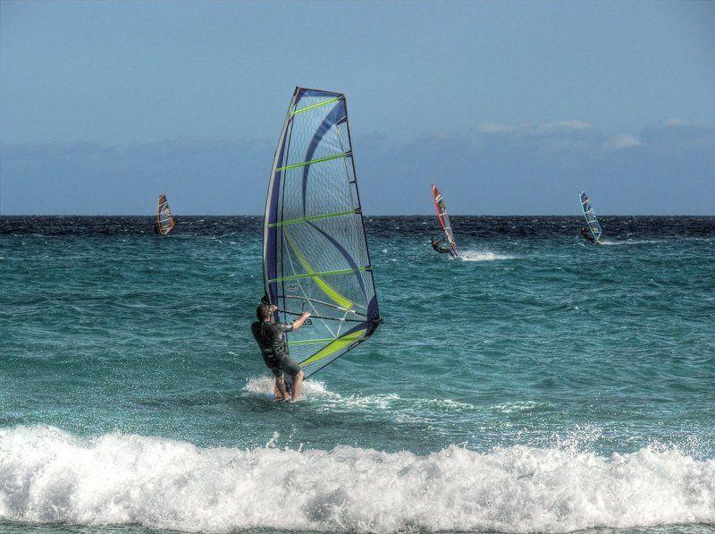фуэртевентура, серфинг, океан Остров Фуэртевентура - это настоящий рай для серфингаphoto preview