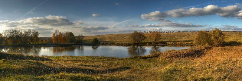 панорама, пейзаж, поле, пруд, деревья, облака photo preview