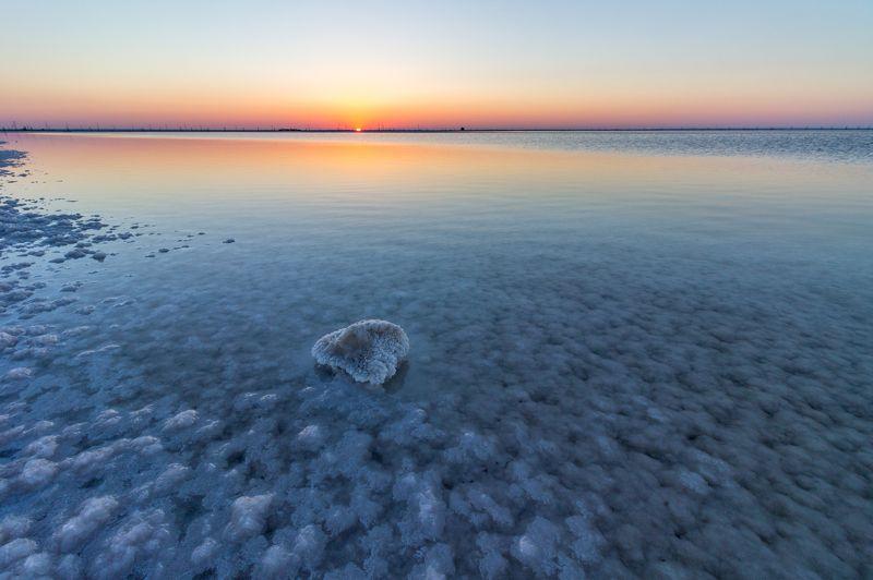 Баскунчак, озеро, соль, рассвет, россия, природа Соленое Озеро Баскунчак на рассветеphoto preview