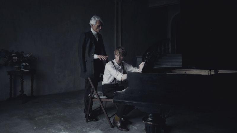 пианист, жанр, портрет, история, фильм, старый рояль, назад в прошлое История пианистаphoto preview