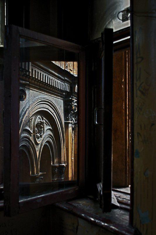 #deep.spb, #deepspb, #санктпетербург, #петербург, #спб, #питер, #saintpetersburg, #petersburg, #spb, #piter, #город, #city, #street, #streetphoto, #streetphotography, #cityscape, #urbex, #urbexphoto, #urbanexploration, #abandoned, #steps, #door, #window 170901.1photo preview