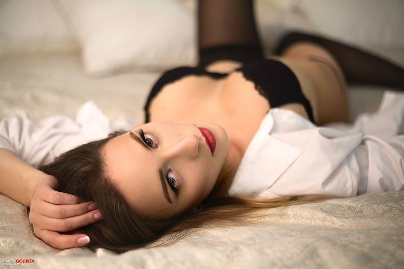 golubevphoto, girl, lingerie, bed, portrait, shirt, stockings, eyes, petersburg Lustphoto preview
