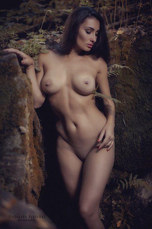у лесного ручьяphoto preview