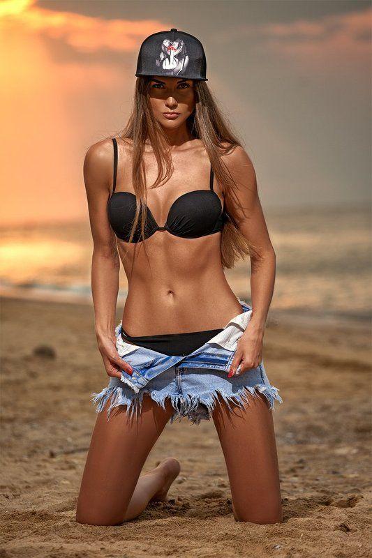 #goodmorning #photographerodessa #summer #summershoot #sea #sunrise #odessa #highendbeauty #photooftheday #model #beautiful #photographer #look #style #lifestyle #fashion #followme #like4like #adobe #wacom #cleanskin #retouchingacademy #retouching #fitnes Like bitch...photo preview
