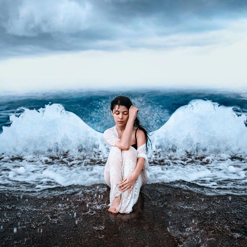 девушка, море, пирс, шторм, вода, волнорез Фейри водыphoto preview