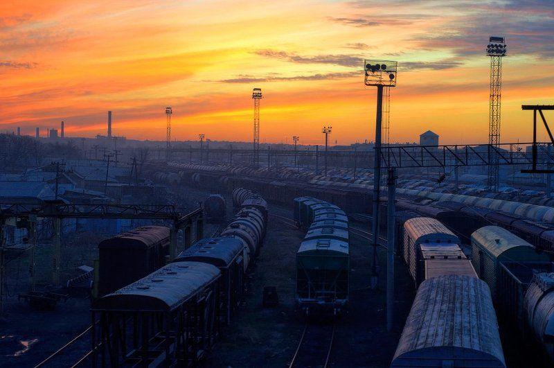 город, железная дорога, мост, закат Техно закатphoto preview