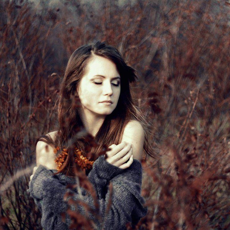Янтарно - карамельная печальphoto preview