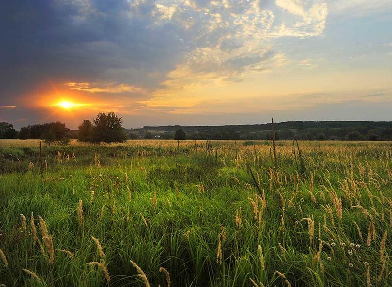 Закат близ села Печенегиphoto preview