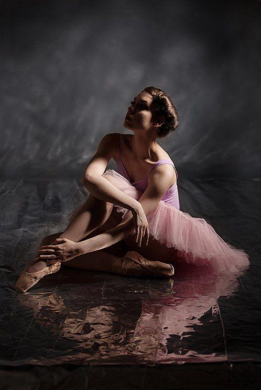 студийная, балерина, арт-портрет, художественная, графическая, постановочная, философская, концептуальная, размышление, меланхолия, art work, fine art, davydov, studio, portrait, ballet Этюды...photo preview