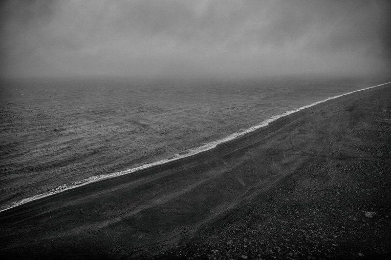 пейзаж, исландия, природа, путешествие, океан, гроза, , пляж, дождь, iceland, landscape, beach, trip, traveling, rain Black sand beachphoto preview