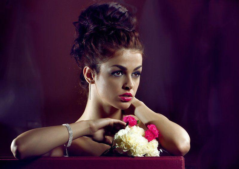 Natalia with diamondsphoto preview