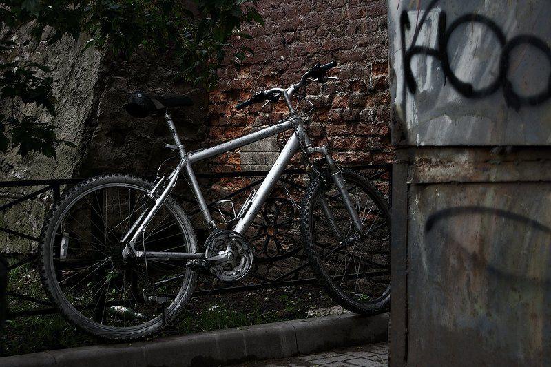 #deep.spb, #deepspb, #санктпетербург, #петербург, #спб, #питер, #saintpetersburg, #petersburg, #spb, #piter, #город, #city, #street, #streetphoto, #streetphotography, #cityscape, #urbex, #urbexphoto, #urbanexploration, #abandoned, #walls, #vintage, #brick 170928.1photo preview