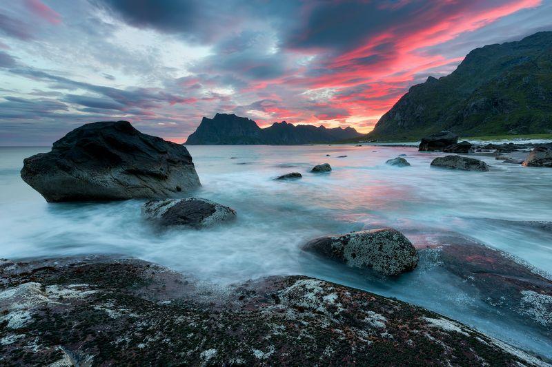 Norway, Lofoten, Uttakleiv, Лофотены пляж Uttakleivphoto preview