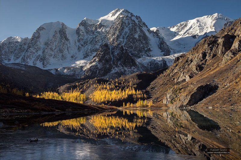 россия, алтай, шавла, шавлинские озера, северо-чуйский хребет Золотая пыльphoto preview