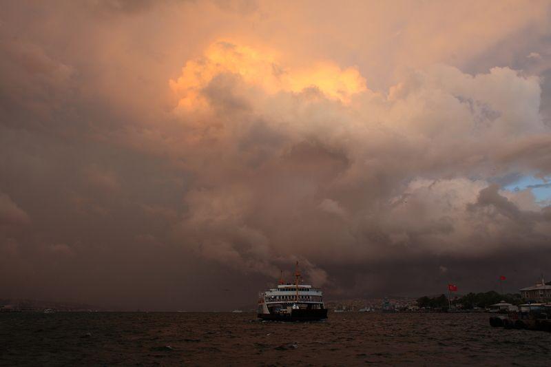 стамбул гроза Вчерашняя гроза в Стамбуле.photo preview