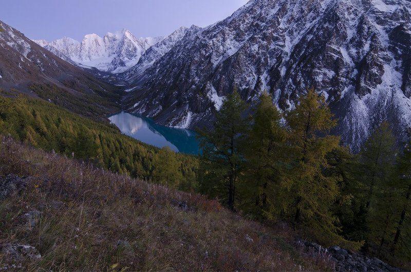 Алтай, оз. Нижнешавлинское над вечным покоемphoto preview