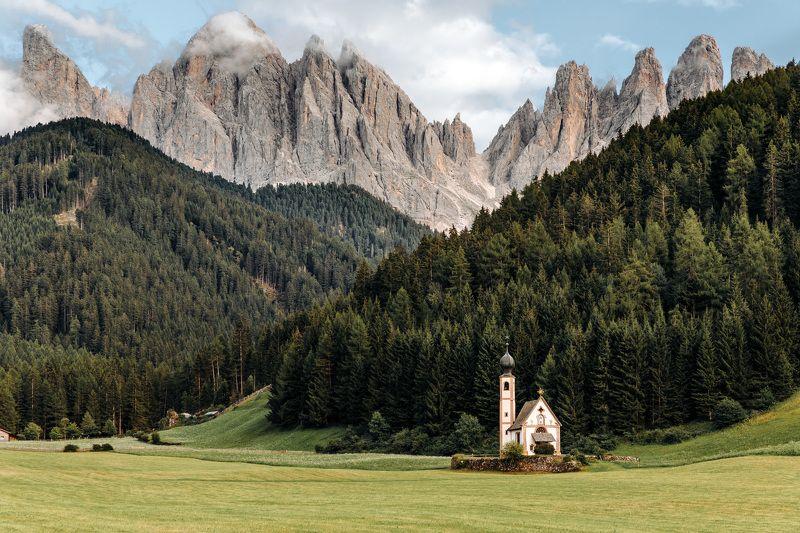 Пейзаж,  природа,  лес,  небо, горы, Италия, церковь Наверное уже все знают это место...photo preview
