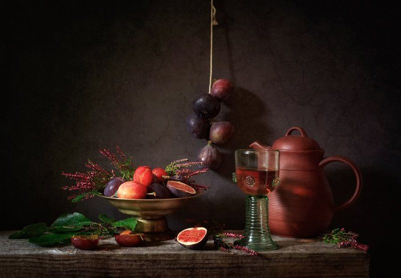 натюрморт, инжир, сливы, вереск, still life, figs, plums, heather, photo С инжиромphoto preview