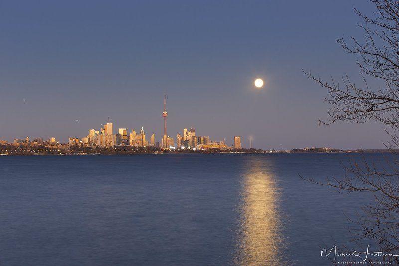 Осень полной луны...photo preview