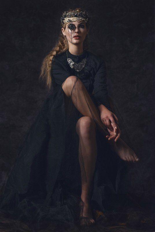 девушка, королева, портрет DARK QUEENphoto preview