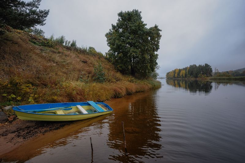 осень,река,вуокса,вода,лодка,пейзаж Вуокса.Осень.photo preview