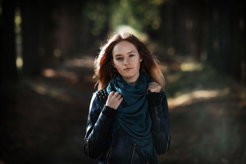 девушка, прогулка, лес, осень Девушка на прогулке.photo preview
