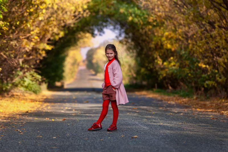 Осенний туннельphoto preview
