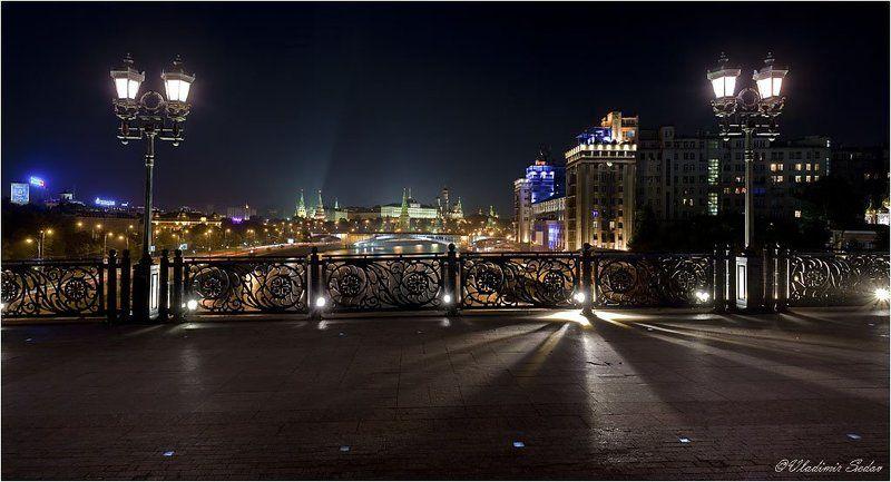мост, город, свет, москва На мосту, тот что к Храму идёт...photo preview