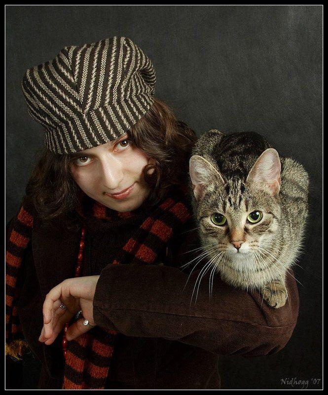 кошка и ее хозяйка...photo preview